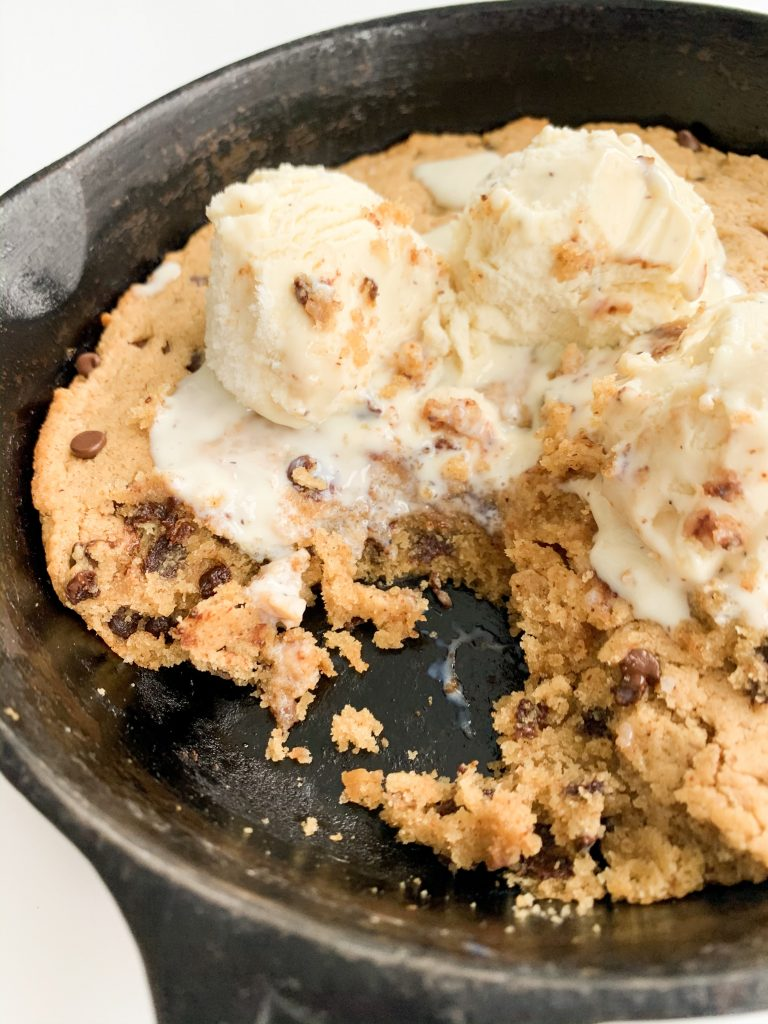 close up of the vegan cookie skillet with some bites taken out