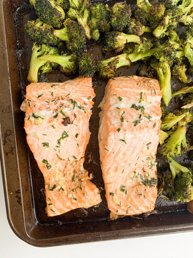 close up of the sheet pan meal, just the salmon and broccoli showing